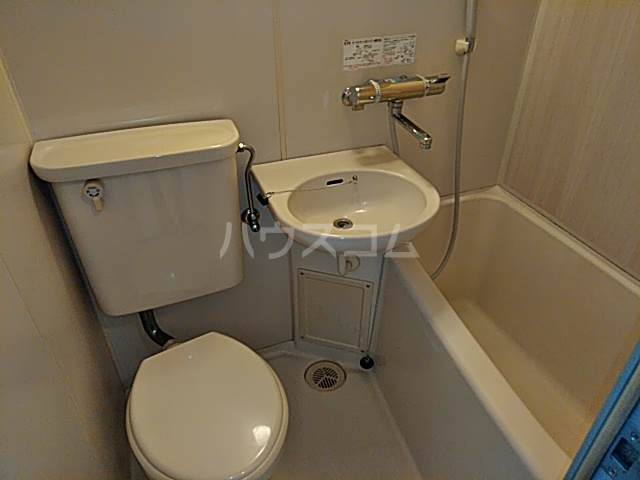 プロバンス 309号室の風呂