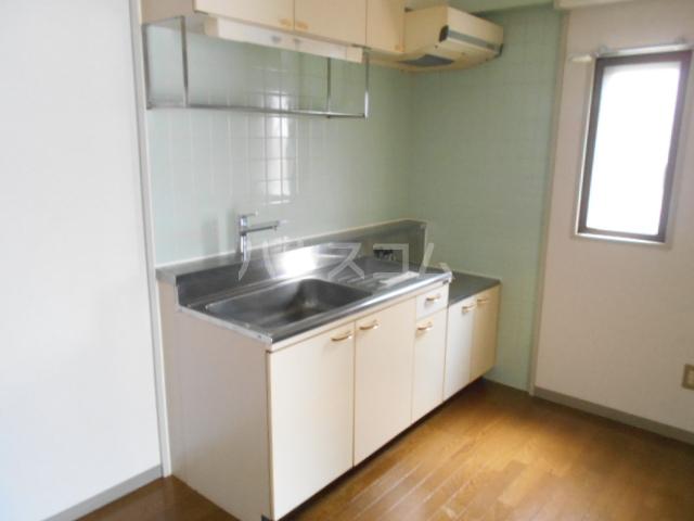 ベル・ハイゴー 105号室のキッチン