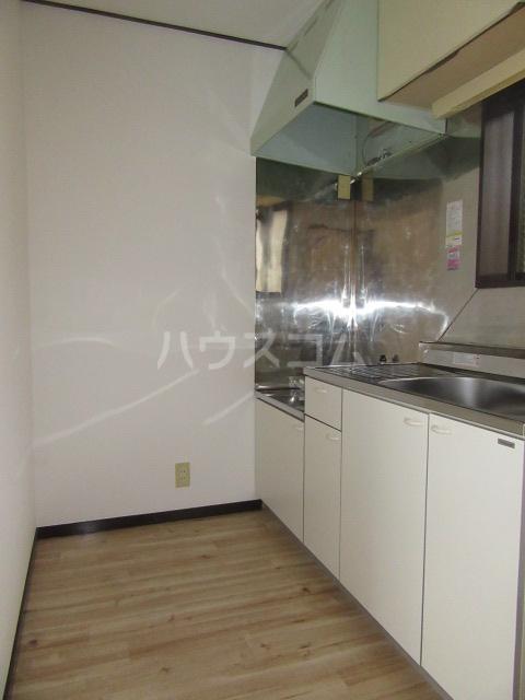 ハイム石川 201号室のキッチン