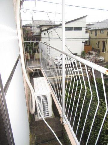 ハイム石川 201号室のバルコニー