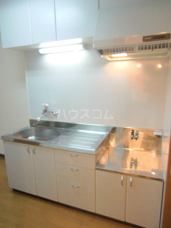 アンソレイユⅠ 307号室のキッチン