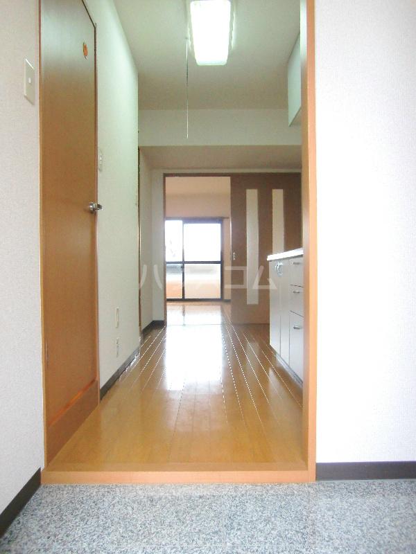 アンソレイユⅠ 307号室の玄関