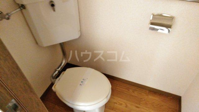 あけぼのハイツ 1-A号室のトイレ