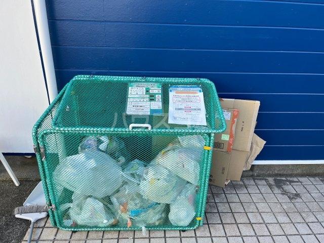 メゾン・アイリスⅡ 203号室のキッチン