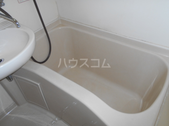 メゾン・アイリスⅡ 203号室の風呂