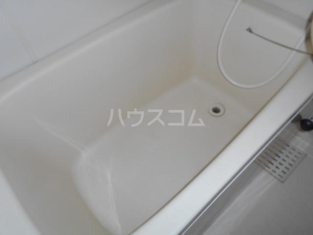 アクシス 103号室の風呂