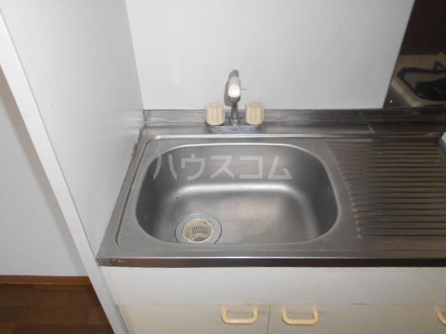 横浜元町ガーデンⅢ 101号室のキッチン