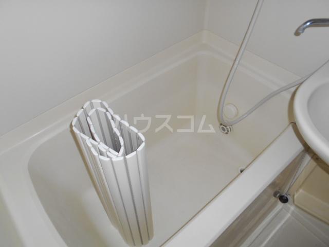 第二幸和ハイツ 101号室の風呂