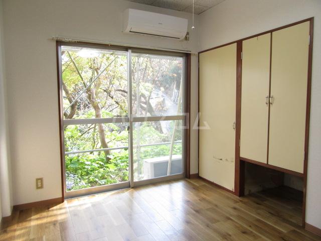山荘村田 103号室のリビング