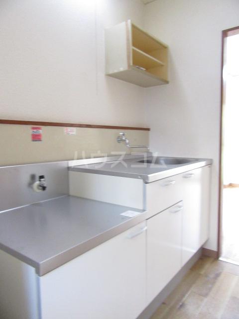 山荘村田 103号室のキッチン