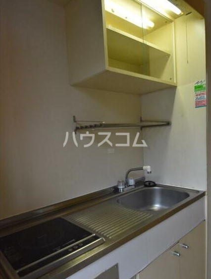 上永谷第一レジデンス 103号室のキッチン