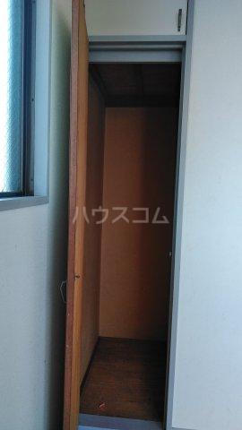 フラワーマンション 301号室のトイレ