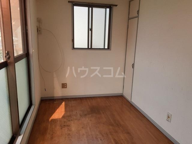フラワーマンション 301号室のキッチン