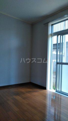 カーサDナルセ 101号室の居室
