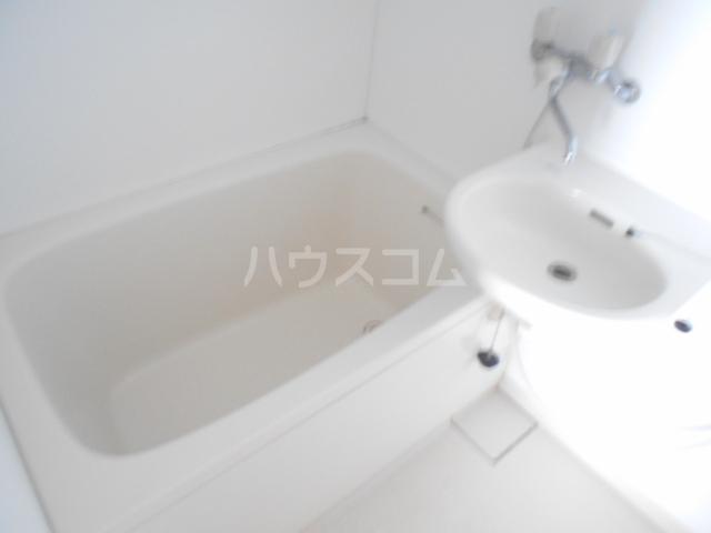 ボナールミクニ 105号室の洗面所