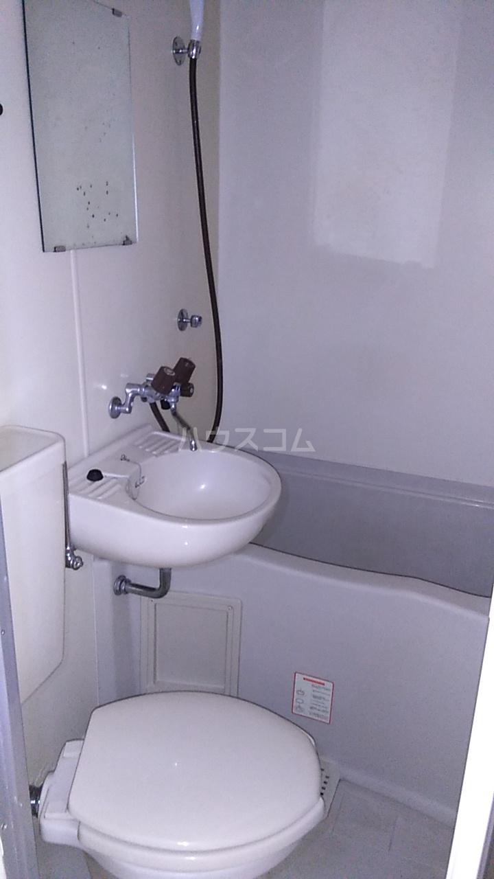 ルナ・レガーロ 101号室の風呂