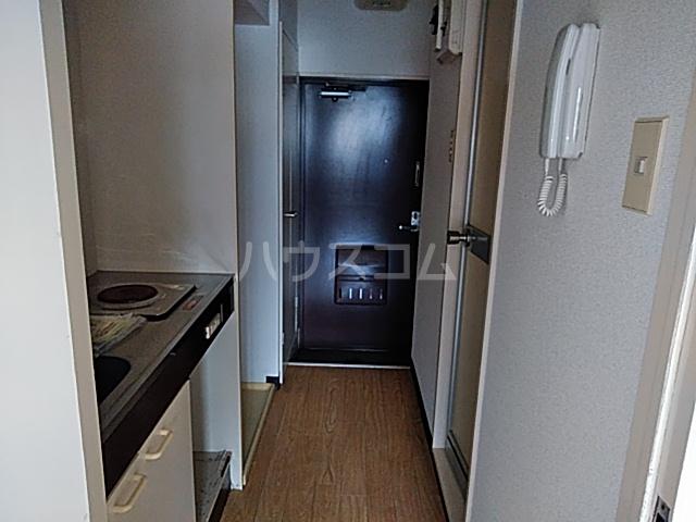 セザール第2鶴間 103号室の玄関
