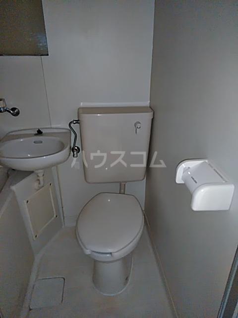 セザール第2鶴間 103号室のトイレ