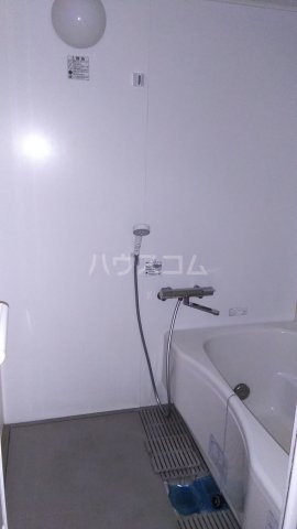 シェ・ノートフ桑原台 103号室の風呂