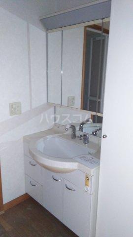 シェ・ノートフ桑原台 103号室の洗面所