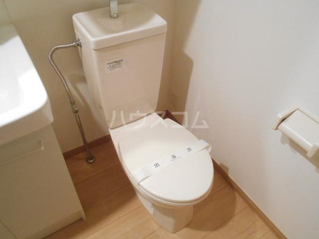 ハーミットクラブハウスヒルズ戸塚C 101号室のトイレ