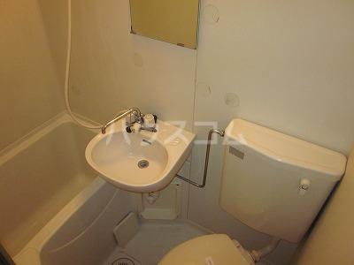 アメニティさくら B棟 B-202号室のトイレ