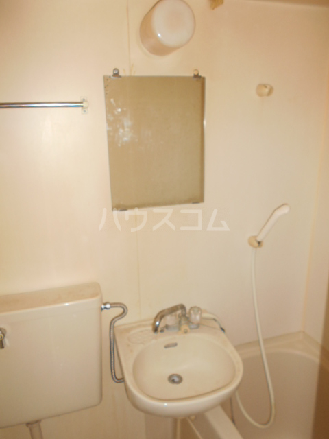 CSEハイツ林間 203号室の洗面所