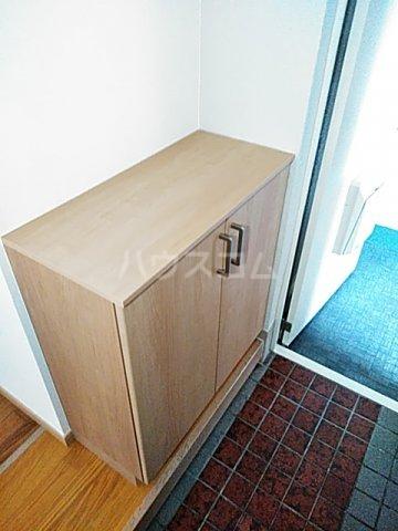 コーポ美々 101号室の玄関