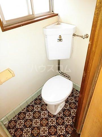 鎌倉様貸家 2号室のトイレ