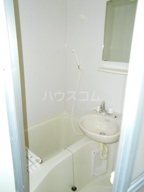 コンプリートHISA 205号室の風呂