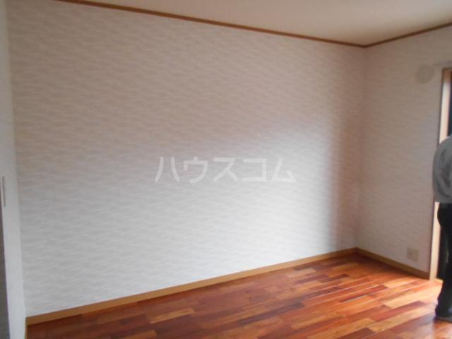 サニーコート矢島 101号室のベッドルーム