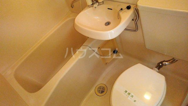 髙松ビル 402号室の風呂