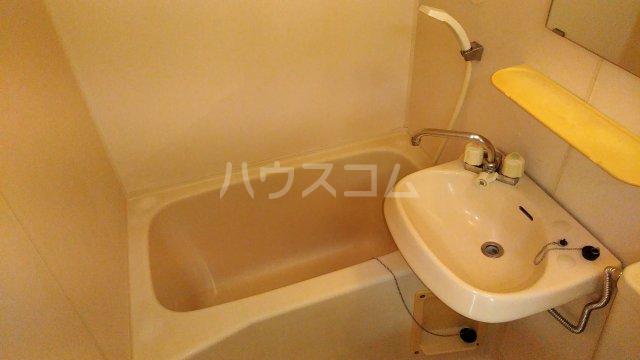 髙松ビル 402号室のトイレ