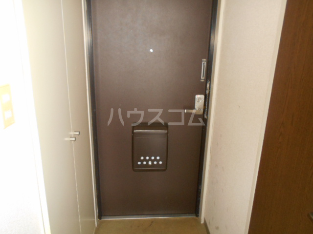 アイランドマンション大阪台 304号室の玄関