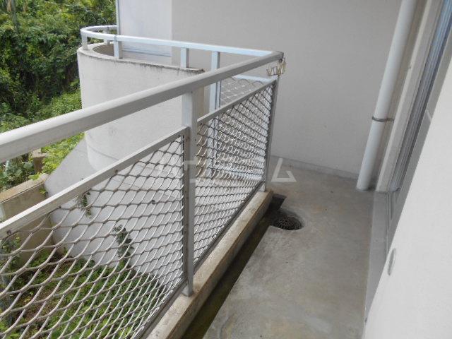 アイランドマンション大阪台 304号室のバルコニー