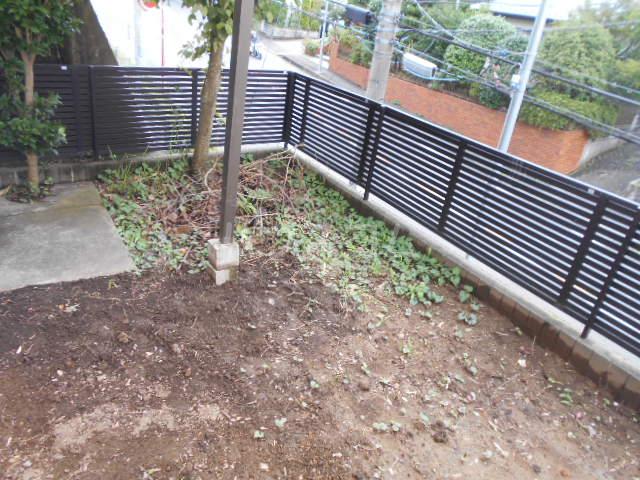 戸塚町一戸建の庭