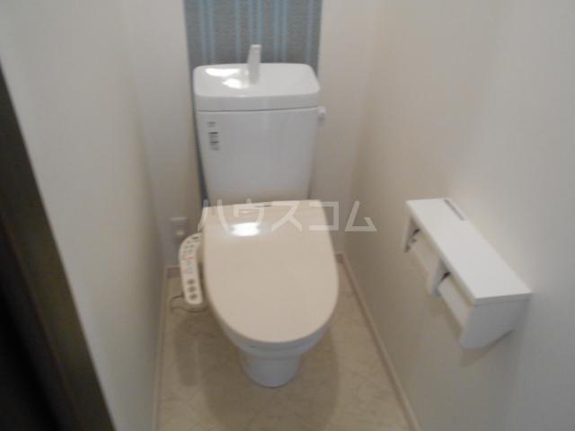 戸塚町一戸建のトイレ