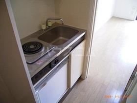 クオリティー町田 102号室のキッチン