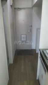 クオリティー町田 102号室の玄関