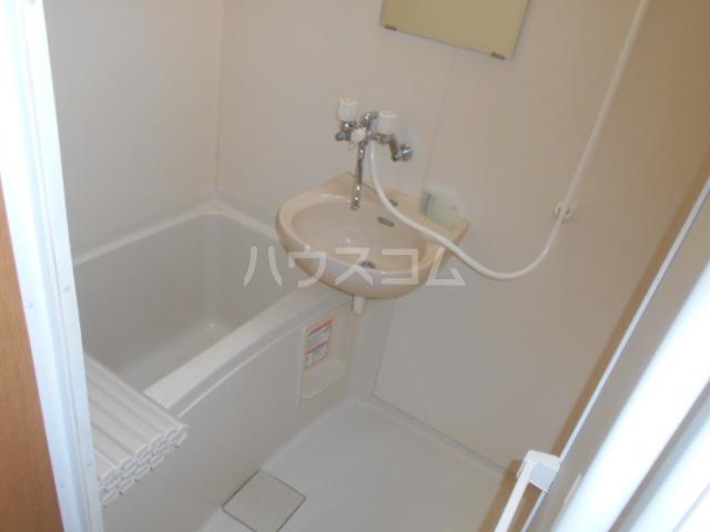 ソフィア戸塚 101号室の風呂