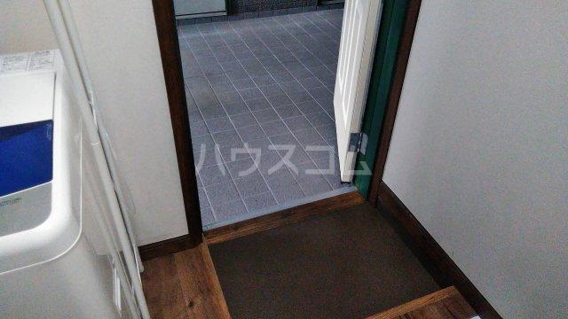 木村ハイツ 5号室の玄関