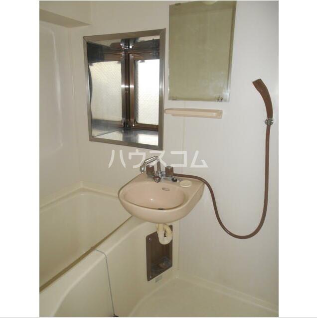 池野ビル 402号室の洗面所
