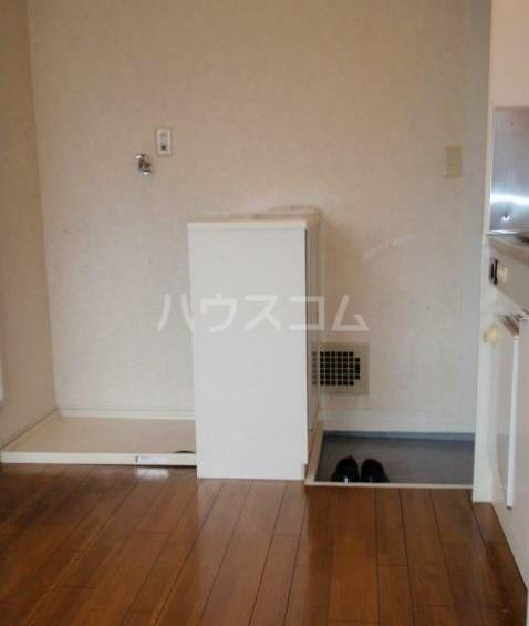 フレッシュハウス 203号室のキッチン