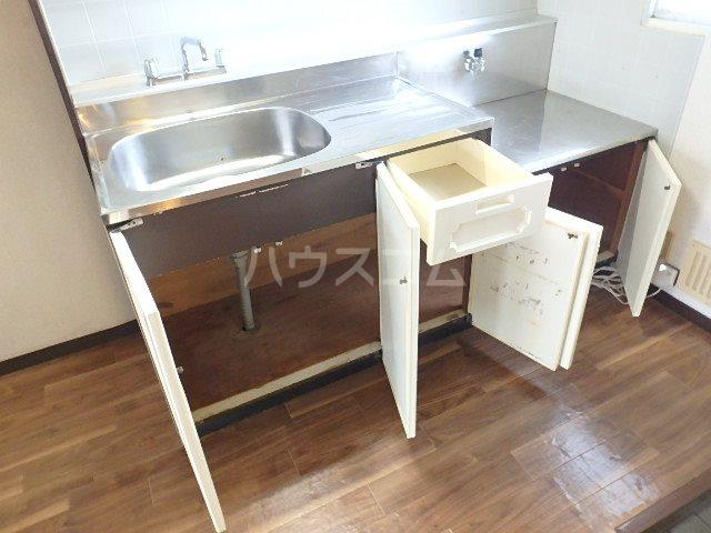 サンビレッジOGASA E棟 203号室のキッチン