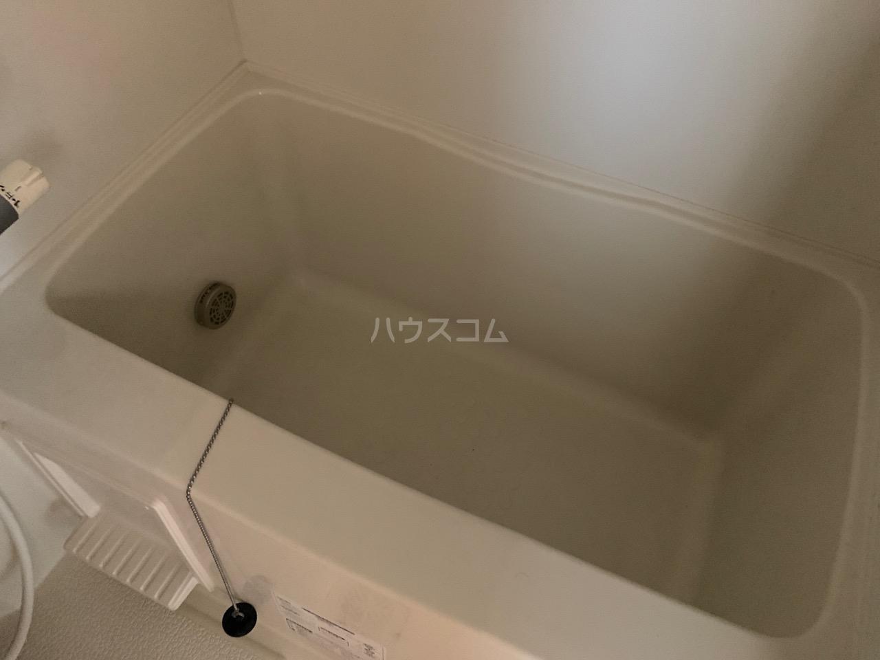 第三代田ハイツ 102号室の風呂