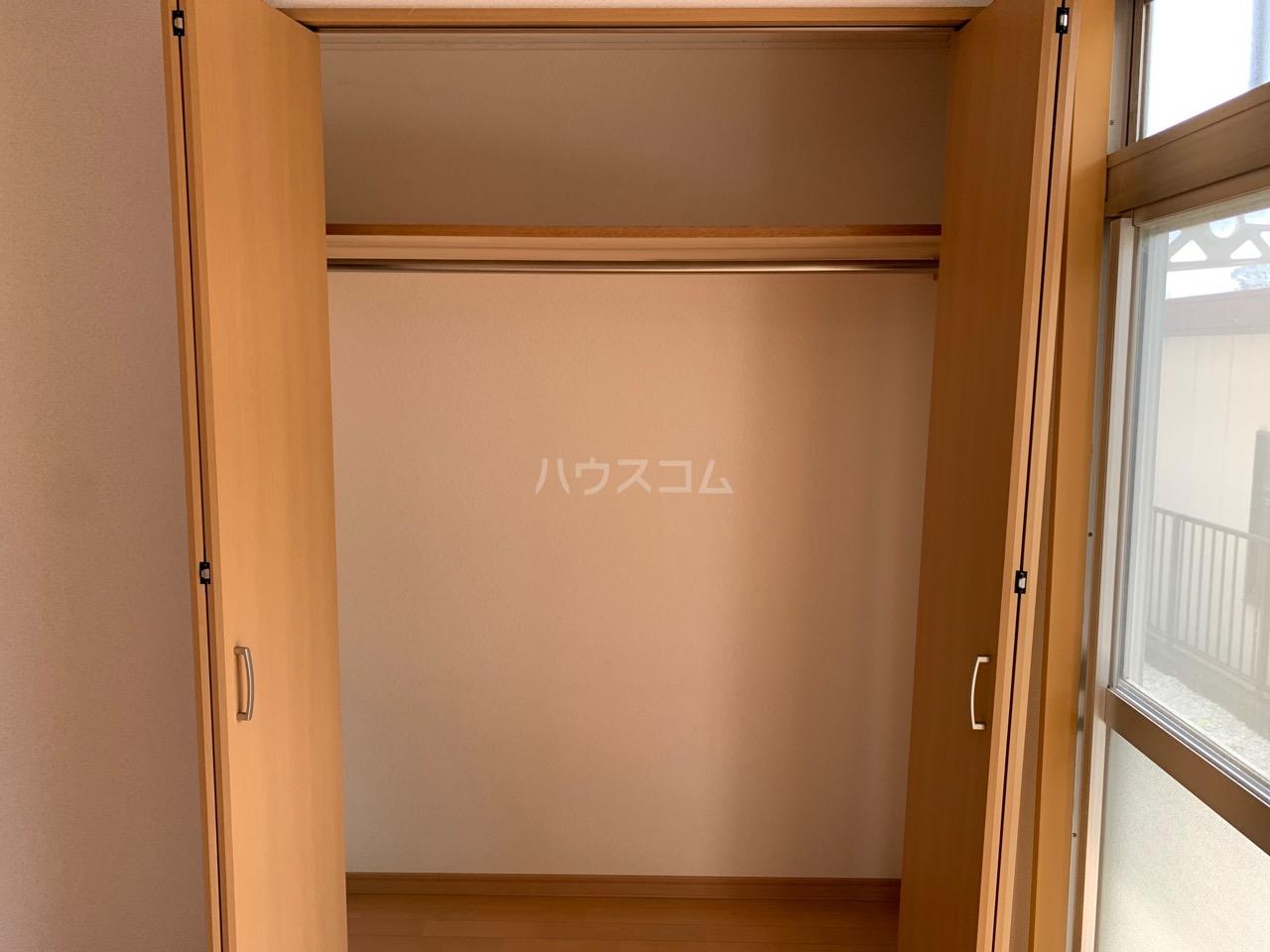 第三代田ハイツ 102号室の収納