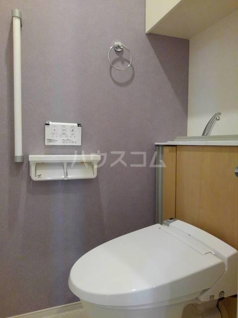 プチフォンティーヌ磯子 03020号室のトイレ