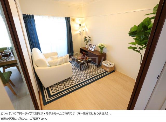 ビレッジハウス菊川2号棟 408号室のリビング