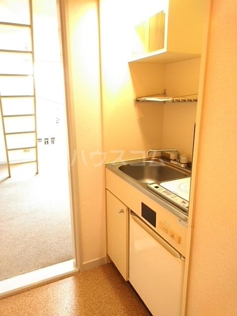 イースタンパレス桜ヶ丘 204号室のキッチン