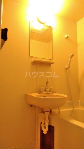 ハイツ下村 103号室の洗面所